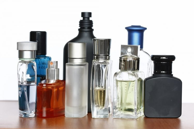4 Signs You Need to Update Your Cologne Collection