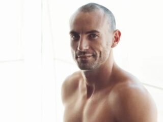 Manscaping with Porn Star Stirling Cooper