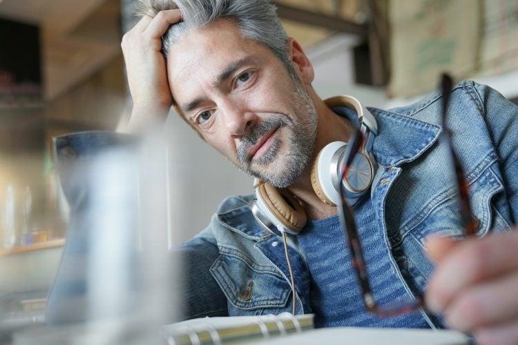 Guide to Better Gray(ing) Hair for Men