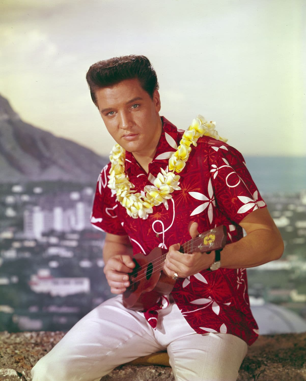 90c95cd336ecad How to Wear a Hawaiian Shirt (and Look Cool) | Dapper Confidential