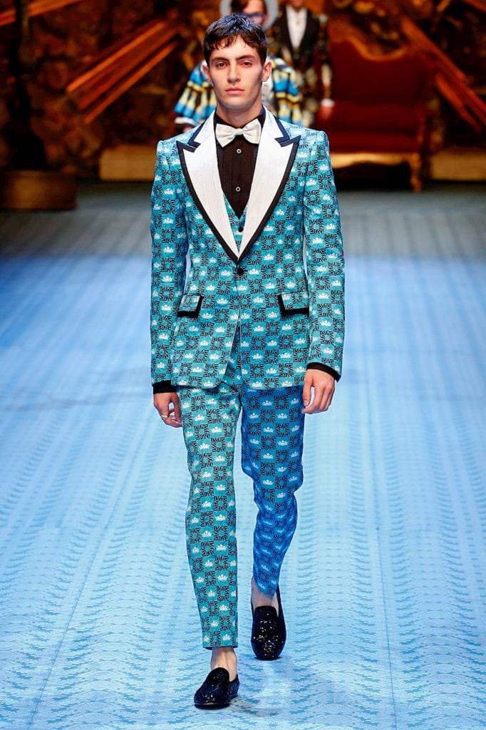 patterned suit fashion show