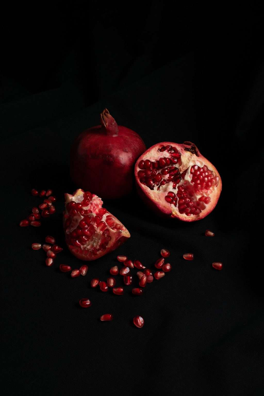 fruity-colognes-pomegranate