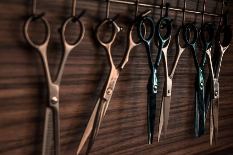 several-scissors-how-to-cut-your-own-hair-men