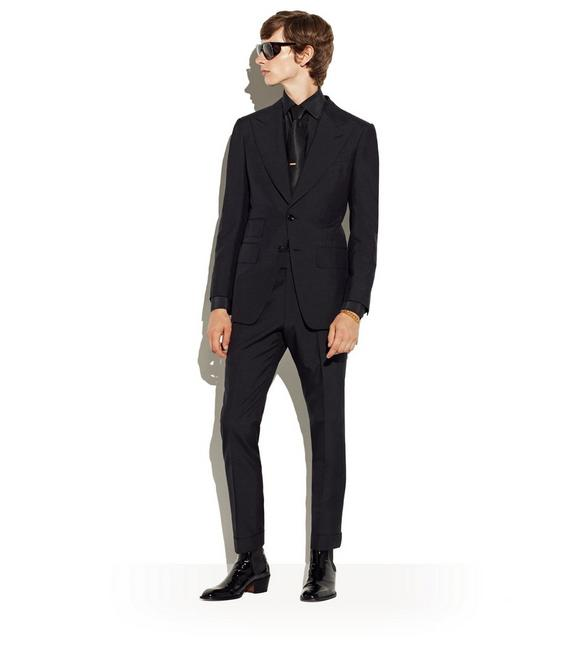 Black_Suit_Tom_Ford