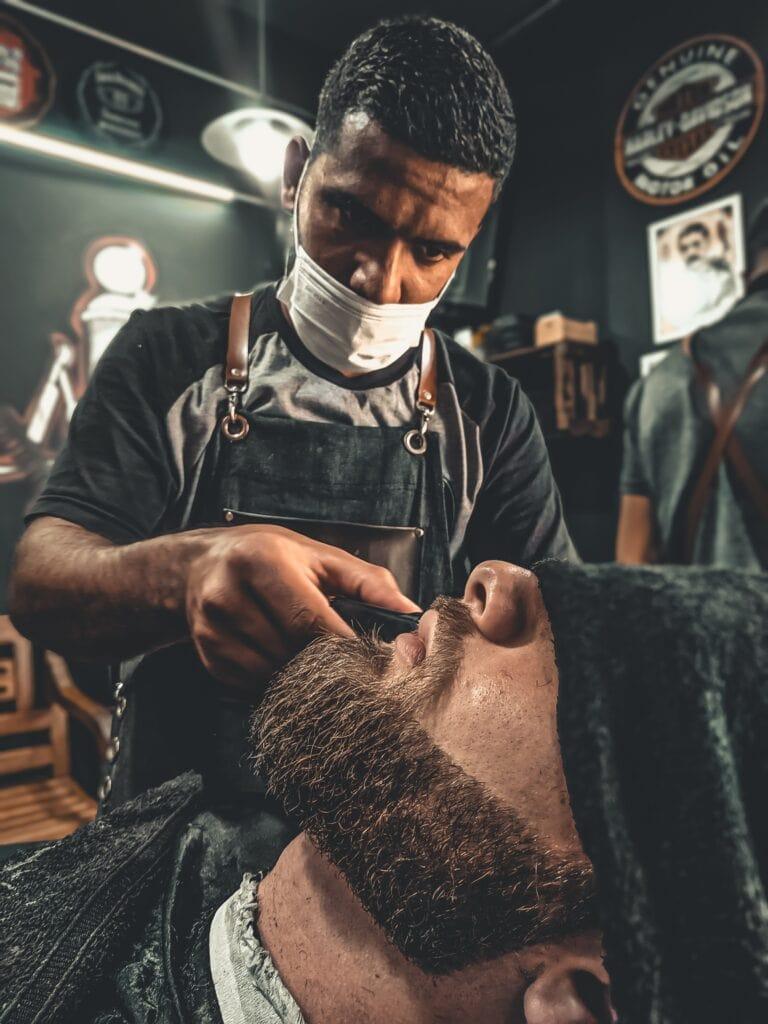 How To Shape A Beard barber