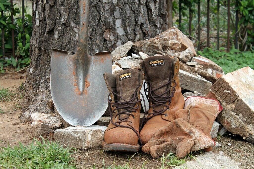brown caterpillar boots